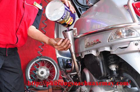 Thay dầu xe ga Honda