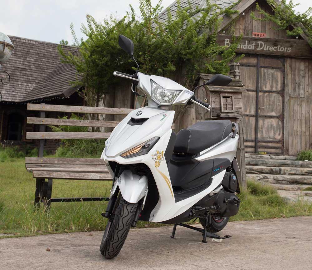 Xe ga 50cc TAYA CITY (trắng)